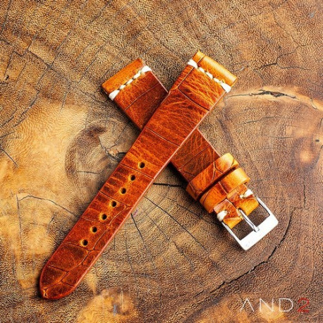 Vintage Cracked Croco Brown Leather Strap 20mm(White Cross Stitching)